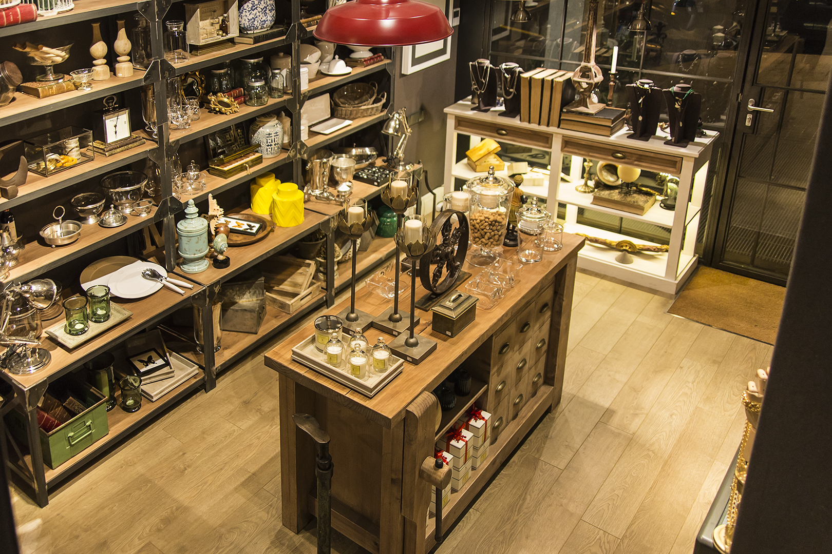 Marengo barcelona muebles vintage y decoraci n del hogar for Muebles vintage barcelona